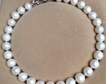 18 inch 12.5-13.5mm white freshwater pearl necklace