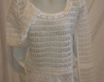 Top woman, lace fabric and lace, white