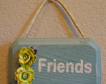 A-Brooch-Able Wall Decor - Sea Green Friends