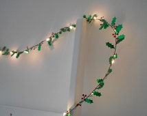 Holly Leaf Wire Garland With Mini LED - 2m 3m 4m 5m Fairy Lights / String Lights - Battery Indoor Bedroom Christmas Decoration