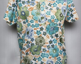 Blouse with blue flowers