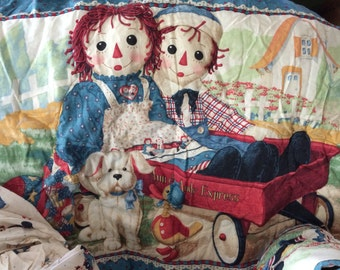 Raggedy Ann and Andy Crib set for Newborn/infant decor