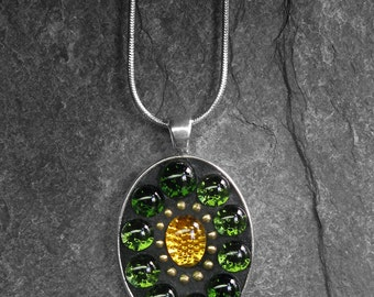 Juicy Greens Mosaic pendant