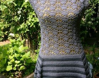 Crochet tunic light grey + dkl.-grey with peplum, Gr. 36-38 (S-m)