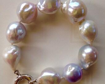 Pearl Bracelet - Style 14