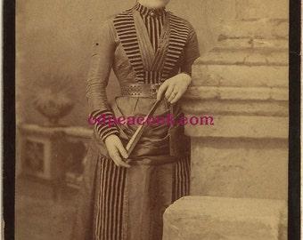 Victorian striped fashion fan photo cabinet card dress Shadle Busser York PA