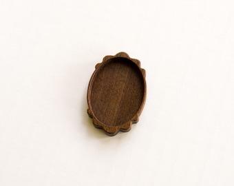 Artisan quality hardwood bezel setting - Walnut - 30 x 40 mm - (C21-W)