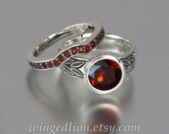 LAUREL CROWN 14k gold Garnet engagement set ring and wedding band