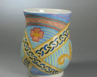 Celtic Ribbons and Floral Cup