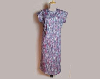 Vintage Dress, 1970's, Shift, Cap Sleeves, Summer, Blue, Red and Purple Swirl Print, Small/Medium