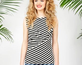 Venice tank top in black and white bamboo stripes
