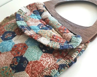 Vintage Quilted Prairie ruffle wooden handle purse bag country style 1980's COUNTRY