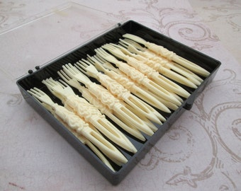 Hors d 39 oeuvre forks etsy for Canape forks