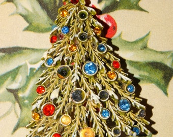 Christmas Tree Pin, Rhinestone, Multi-Colored, Signed Art, Holiday Brooch, Christmas Brooch, #40