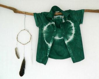 FOREST DWELLER . men's tie dye shirt . S ⎜ Small . upcycled shirt . emerald green . boyfriend shirt . hipster boho hippie hippy gypsy . au