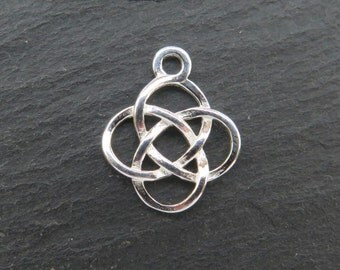 Sterling Silver Celtic Pendant 14.5mm (CG8058)