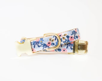 Les Fleurs Rosa Flora Dog Collar in Periwinkle
