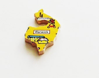 Warwick England Brooch - Lapel Pin / Unique Wearable History Gift Idea / Upcycled 1960s Wood Puzzle Piece / Timeless Gift Under 20