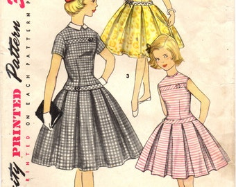 1950s Simplicity 1496 Vintage Sewing Pattern Girls' Party Dress, Detachable Collar Size 10, Size 14
