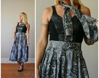 1980s Art Nouveau Midi Skirt >>> Size Small