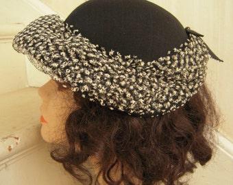 1940s Molded Black Half Brim Hat Chapeau Unusual White Flocked Netting Trim Hatpin