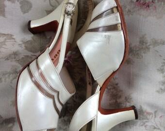 1950's pearl white open toe slingbacks 8C A'Mano Magic Last