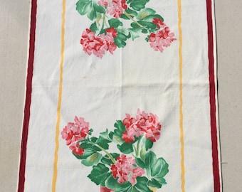 Vintage Wilendur Towel Potted Geraniums S&P Pigs