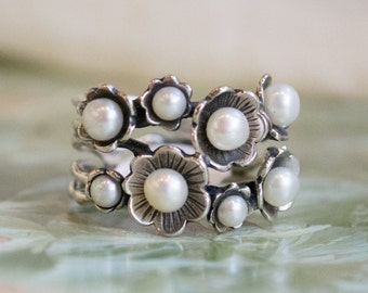 Floral Ring, sterling silver ring, botanical ring, fresh water pearls ring, June birthstone ring, multistones ring, flowers - Clueless R1687