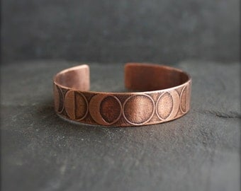 Moon Phase Etched Cuff Bracelet - Oxidized Copper Celestial Astronomy Metalwork Jewelry