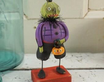 Halloween Decor / Halloween Art / Folk Art / Pumpkin / Vintage Style / Art Doll / Hand Sculpted Halloween / Ghoul