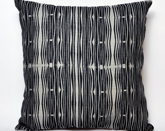 "Hand Printed Paper Waves Pillow Cover- 20""x20"" (Oatmeal & Black)"