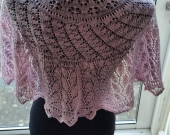 Lace shawlette - scarflette - shawl - scarf - half-circle. Hand knit. FREE SHIPPING