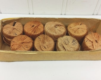 Vintage Darning Floss in Shades of Brown, 8 Spools Cotton Darning Thread