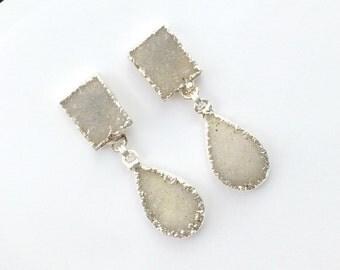 Bridal Druzy Earring Off White Druzy Post Earring Raw Natural Geode Crystal Dangle Earrings Beach Bride Earring Destination Wedding Earrings