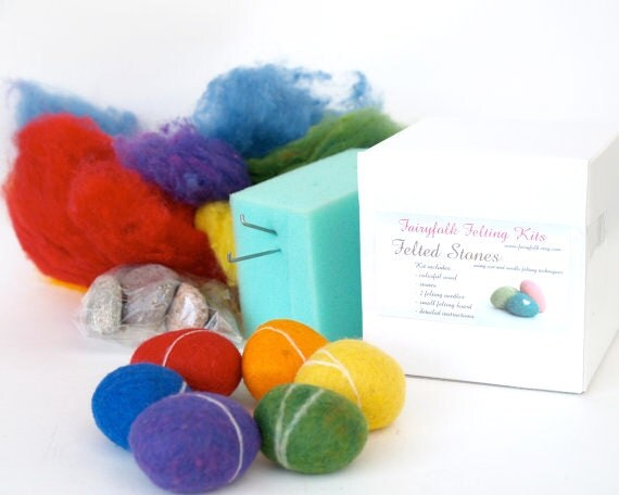 Needle Felting Kit Beginner - Felted Pebble Kit - Wool Stone Rock Kit - DIY Craft Kit - Children - Kids - Rainbow
