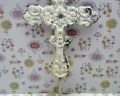 Cross Hook White Ornate Swirled Shabby Style Chic Distressed Cast Iron Wall Coat Leash Hat Towel Scarf Jewelry Keys One Hook Home Decor