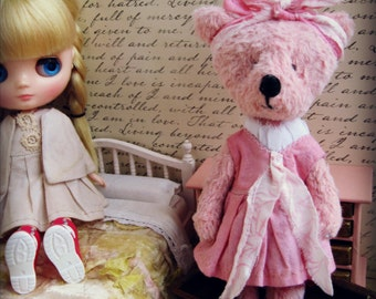 "OOAK Collectible Miniature Artist Bear - ""Justine"" - 5-6"" -  Peachy Pink"