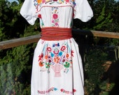Mexican Dress White, Embroidered Flowers Basket on Cotton size M / L