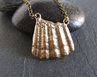 Cast bronze shell pendant necklace / shell jewelry / organic jewelry / boho necklace / artisan handmade gift for her / nature jewelry