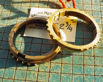 """Brass Gears, 2 3/4"""" bronze rings, industrial, synchro from car trans, sculpture supply, steampunk belt buckle, apocalyptic bracelet"""