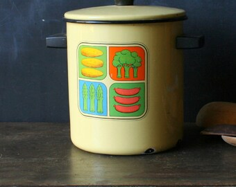 Vintage Enamelware Cook Pot Tall With Insert Strainer Yellow With Graphics 60s Rustic Vintage From Nowvintage on Etsy
