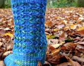 OGOPOGO - sock knitting pattern - toe-up and perfect for variegated yarns