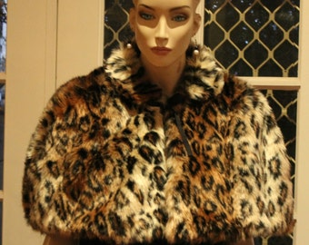1950's Vintage style CAPELET with matching MUFF. Faux Fur