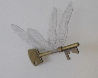 Flying key with dragonfly wings in antique brass - ASQDF