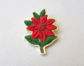 Vintage Christmas Gold Tone Poinsettia Flower Brooch Stitched Signed