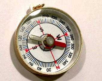 Mini Brass COMPASS Pendant-Explorer pendant-Traveler pendant-brass compass charm-Steampunk pendant-Geography pendant-novelty pendant