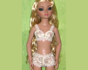 """Ready to Wear Sheer Ivory Lace Bra and Boxer Lingerie Outfit Fit Ellowyne Wilde Prudence Lizette Amber 16"""""""