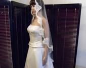 Mantilla Wedding Veil with Beaded French Alencon Fingertip, Bridal Veil White or Ivory