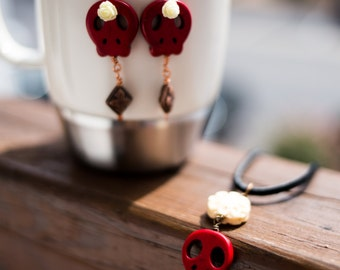 Day of the Dead Earrings - red/bone