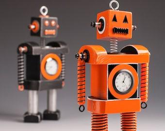 Pumpkin Robot Bobblehead Clock